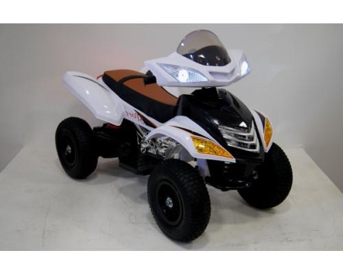 Детский электроквадроцикл Rivertoys Е005КХ-А белый